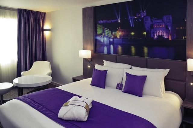 Les chambres Hotel Lyon Sud Est Chaponnay 69